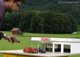 gas_station_diorama_02