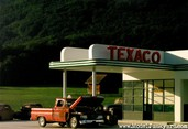 gas_station_diorama_04